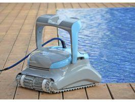 Foto van Dolphin Zenit 30 Pro zwembadrobot