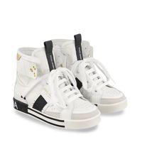 Picture of Dolce & Gabbana DA0967 AO285 kids sneakers white