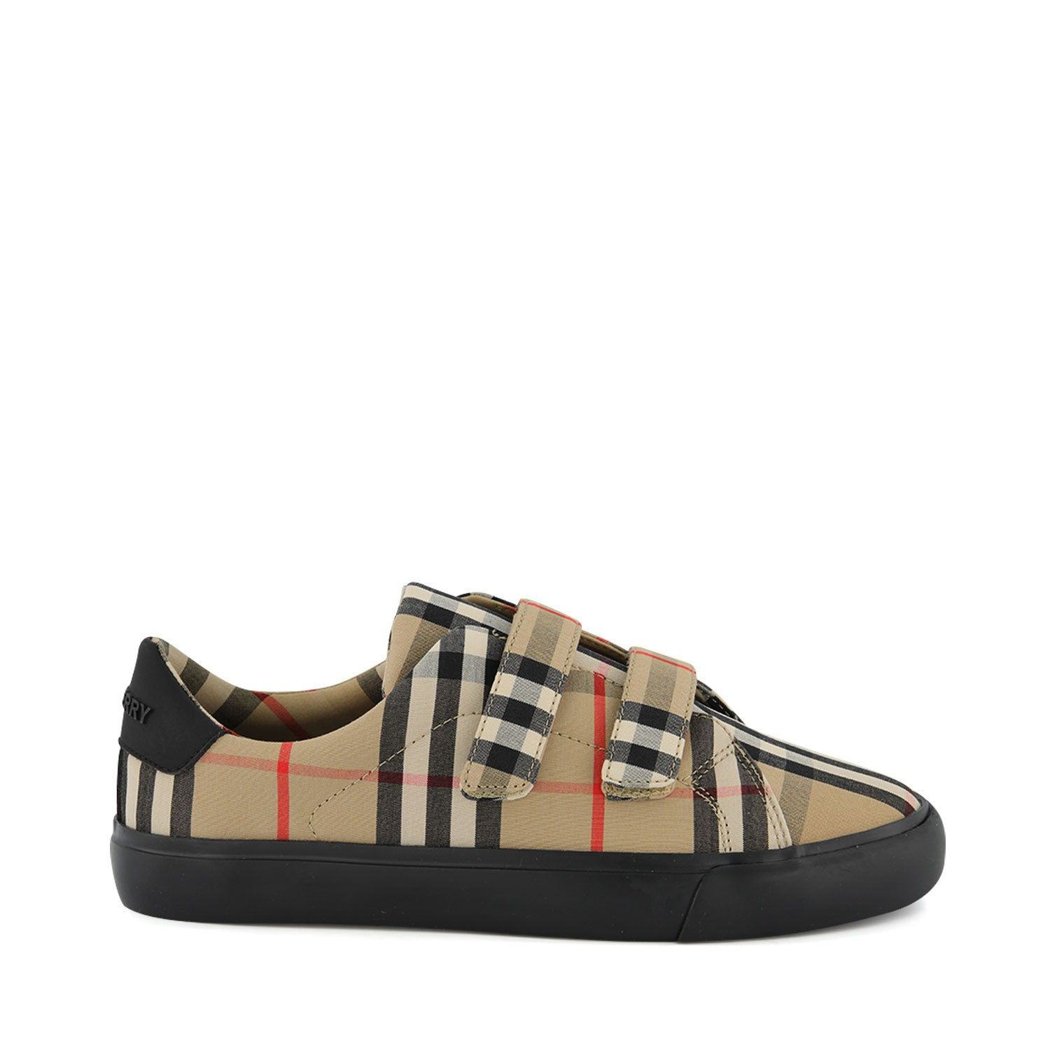 Picture of Burberry 8018818 kids sneakers black
