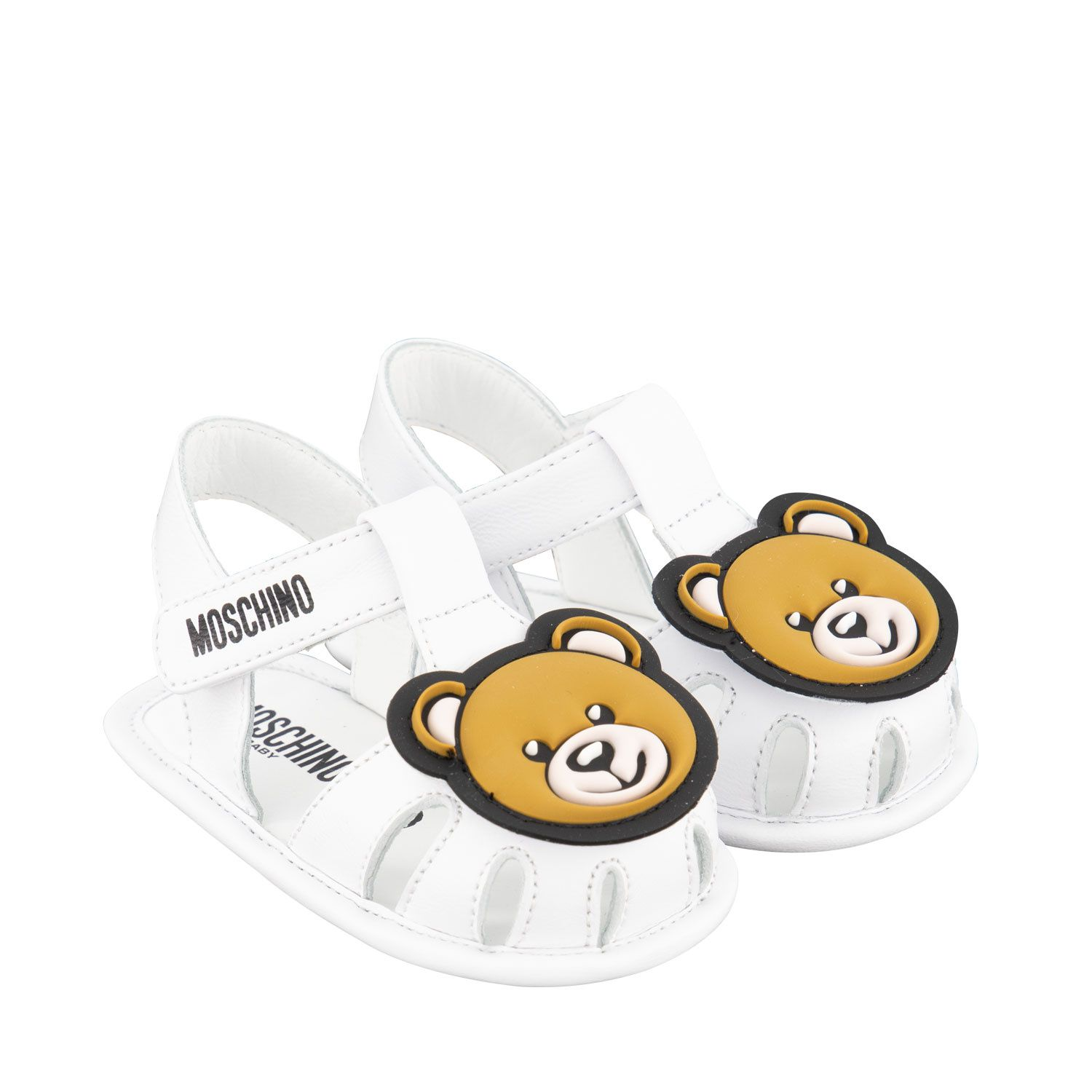 Picture of Moschino 67333 baby sneakers white