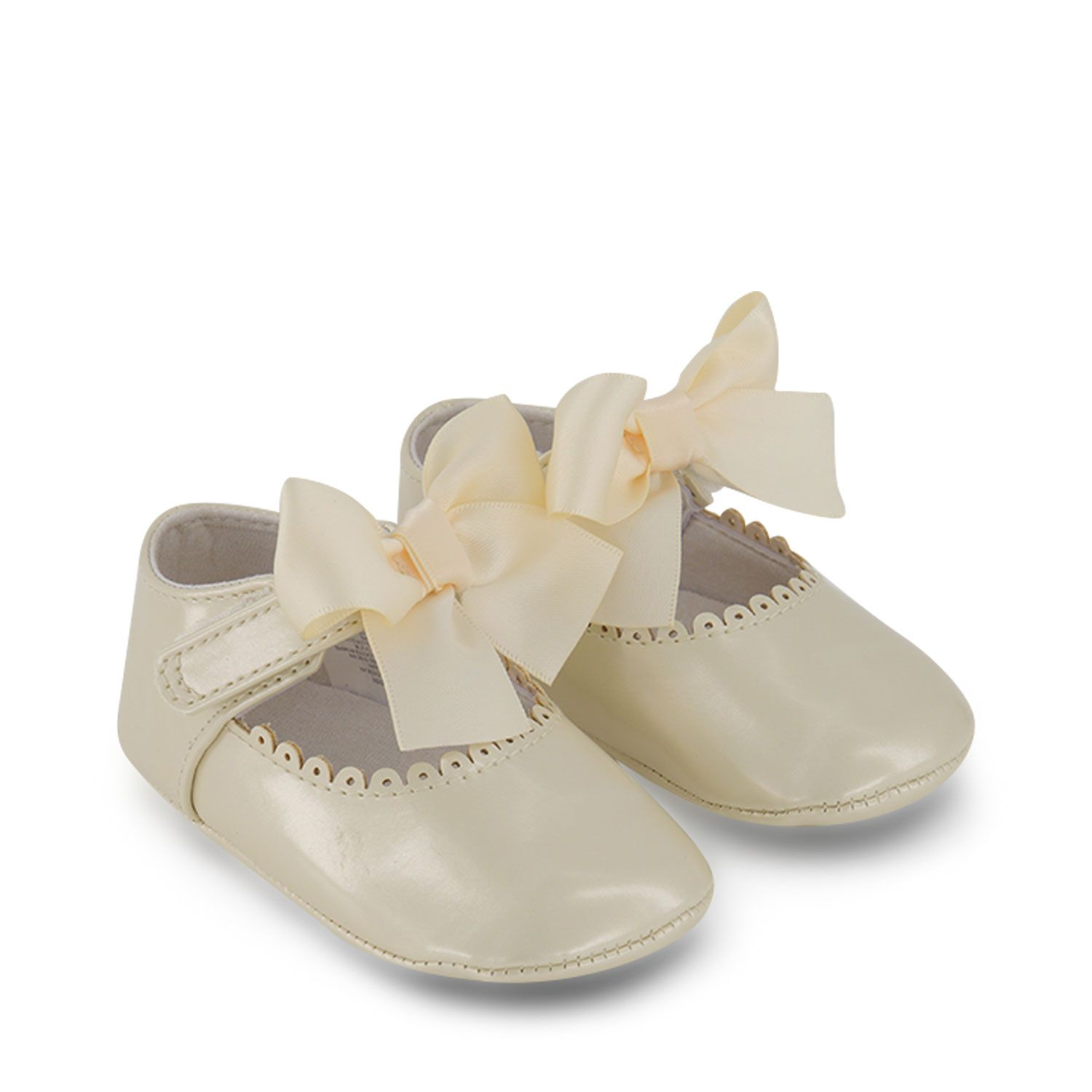 Picture of Mayoral 9455 baby shoes off white