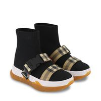 Picture of Burberry 8042410 kids sneakers black
