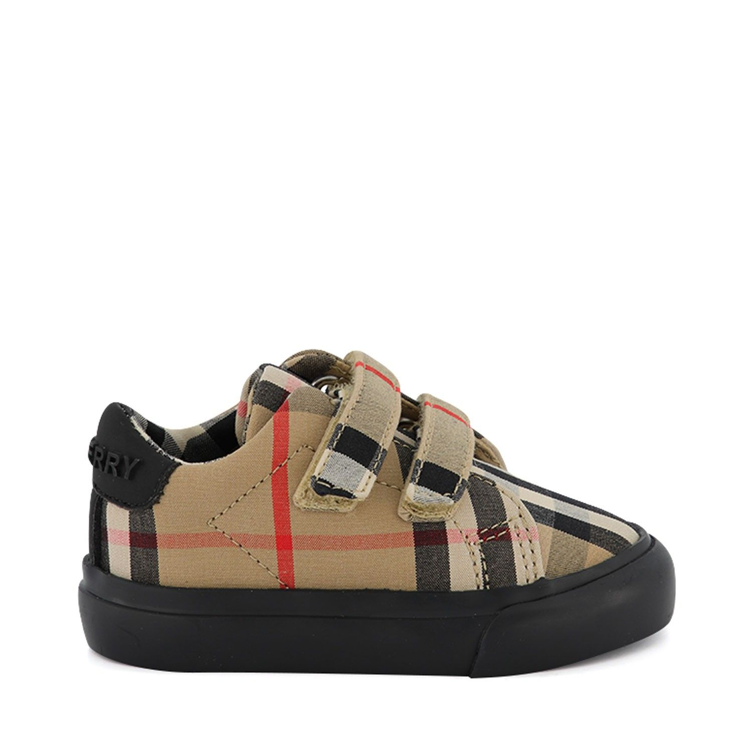 Picture of Burberry 8018492 kids sneakers black