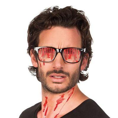 Bril met bloederige glazen