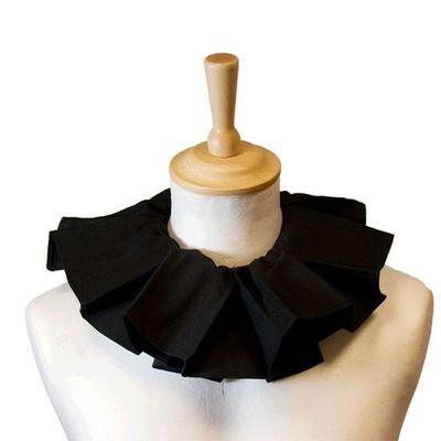 Pieten kraag geplooid zwart