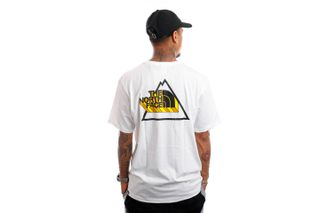 Foto van The North Face NF0A5ID6FN41 T-Shirt Mens Threeyama S/S TNF White