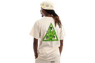 Foto van HUF T-Shirt Green Buddy S/S Tee Naturel TS01607