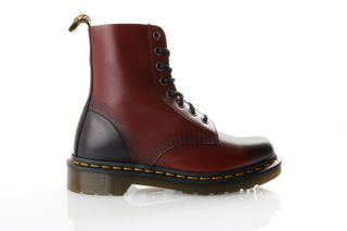 Foto van Dr. Martens Pascal 21154600 Schoenen Cherry Red Antique Temperley