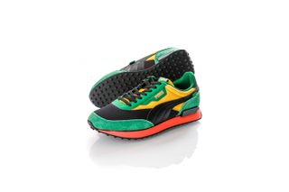 Foto van Puma Sneakers Rider Game On Puma Black-Amazon Green-Spectra Yellow 371320 03