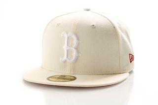 Foto van New Era Fitted Cap Boston Red Sox League Essential 11945534