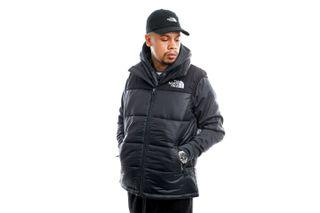 Foto van The North Face Vest Men's Hmlyn Insulated Vest Black NF0A4QZ4JK31