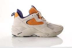 Afbeelding van Arkk Kanetyk Suede W13 -M El3800-1118-M Sneakers Off White Blazing Orange