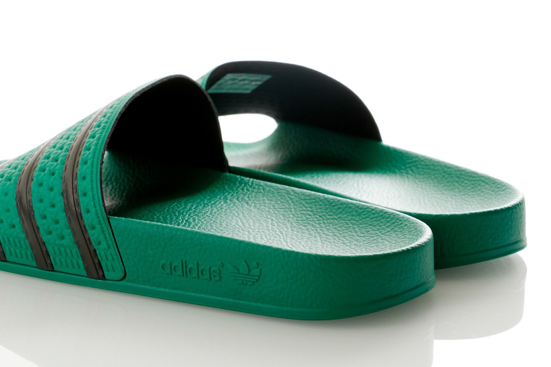 Adidas Adilette Cm8443 Slipper Bold GreenCore BlackBold Green