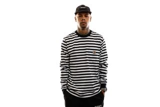 Foto van Carhartt T-shirt S/S Scotty Pocket T-Shirt Scotty Stripe, Black / Wax I027732