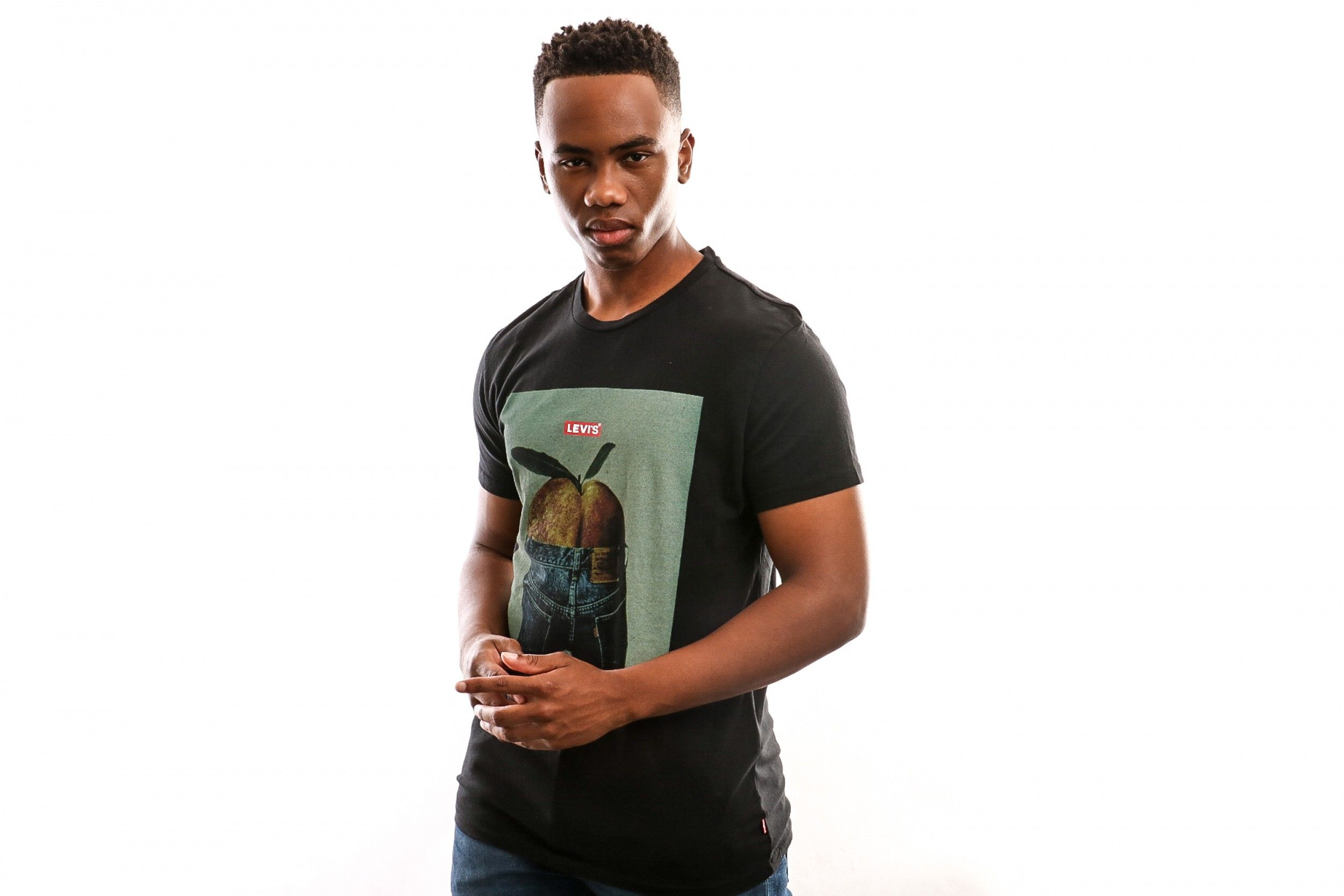 Afbeelding van Levi's Graphic Set-In Neck 2 22491-0601 T Shirt Peach Photo Ss Mineral Black