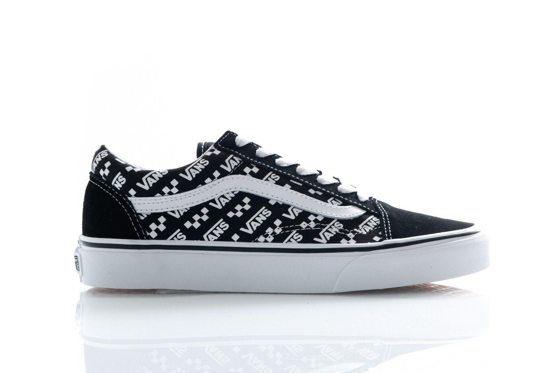 Afbeelding van Vans Sneakers Ua Old Skool (Logo Repeat) Blk/True Wht VN0A4U3BTEZ1