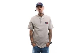 Foto van Tommy Hilfiger Polo shirt Tjm Tommy Badge Stone DM0DM07456
