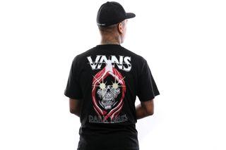Foto van Vans T-Shirt Mn Dark Times Ss Black VN0A49QABLK1