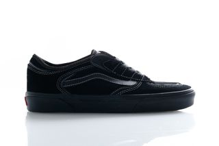 Foto van Vans Sneakers Ua Rowley Classic Black/Black VN0A4BTTBKA1