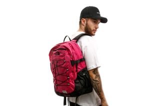 Foto van The North Face Rugzak Borealis Classic Mr Pink Ripstop/Tnf Black NF00CF9CPP6