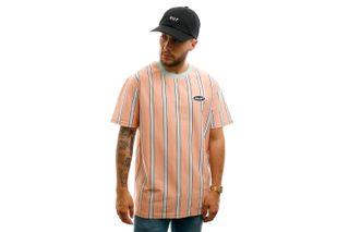 Foto van HUF T-shirt Jerome Yds S/S Knit Top Coral Pink KN00167-CLPNK