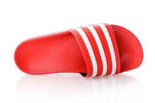 Foto van Adidas Slipper Adilette lush red/ftwr white/lush red EF5432