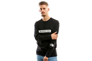 Foto van The North Face M L/S Light Tee T93S3G Longsleeve Tnf Black