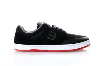 Foto van Etnies Marana 4101000403 Sneakers Black/White/Red