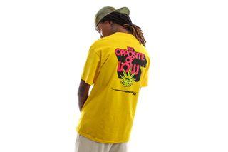 Foto van HUF T-shirt Opposite Of Low S/S Tee Golden TS01606