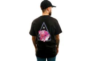 Foto van HUF T-shirt Forbidden Domain S/S Tee Black TS01051-BLACK