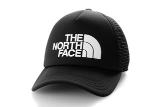 Foto van The North Face Tnf Logo Trucker T93Fm3Ky4 Trucker Cap Tnf Black/Tnf White