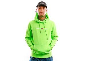 Foto van Tommy Hilfiger Hooded Tjm Neon Small Logo Hoodie Green Gecko DM0DM08121