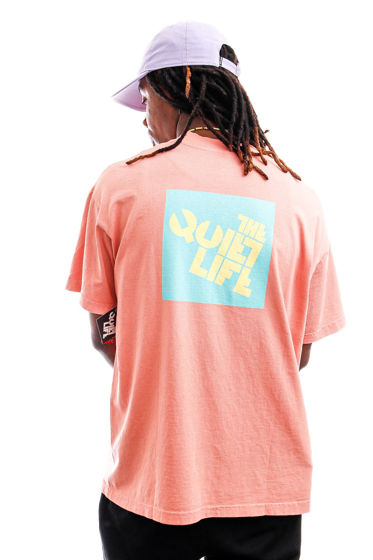 Afbeelding van The Quiet Life T-shirt Block Logo Tee Coral QL-21SPD2-2149