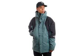 Foto van The North Face Jas M MTN LIGHT DRYVENT INS BALSAM GREEN NF0A3XY5HBS1