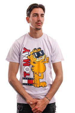 Afbeelding van Tommy Jeans T-shirt TJU X GARFIELD Lilac Dawn DM0DM12192
