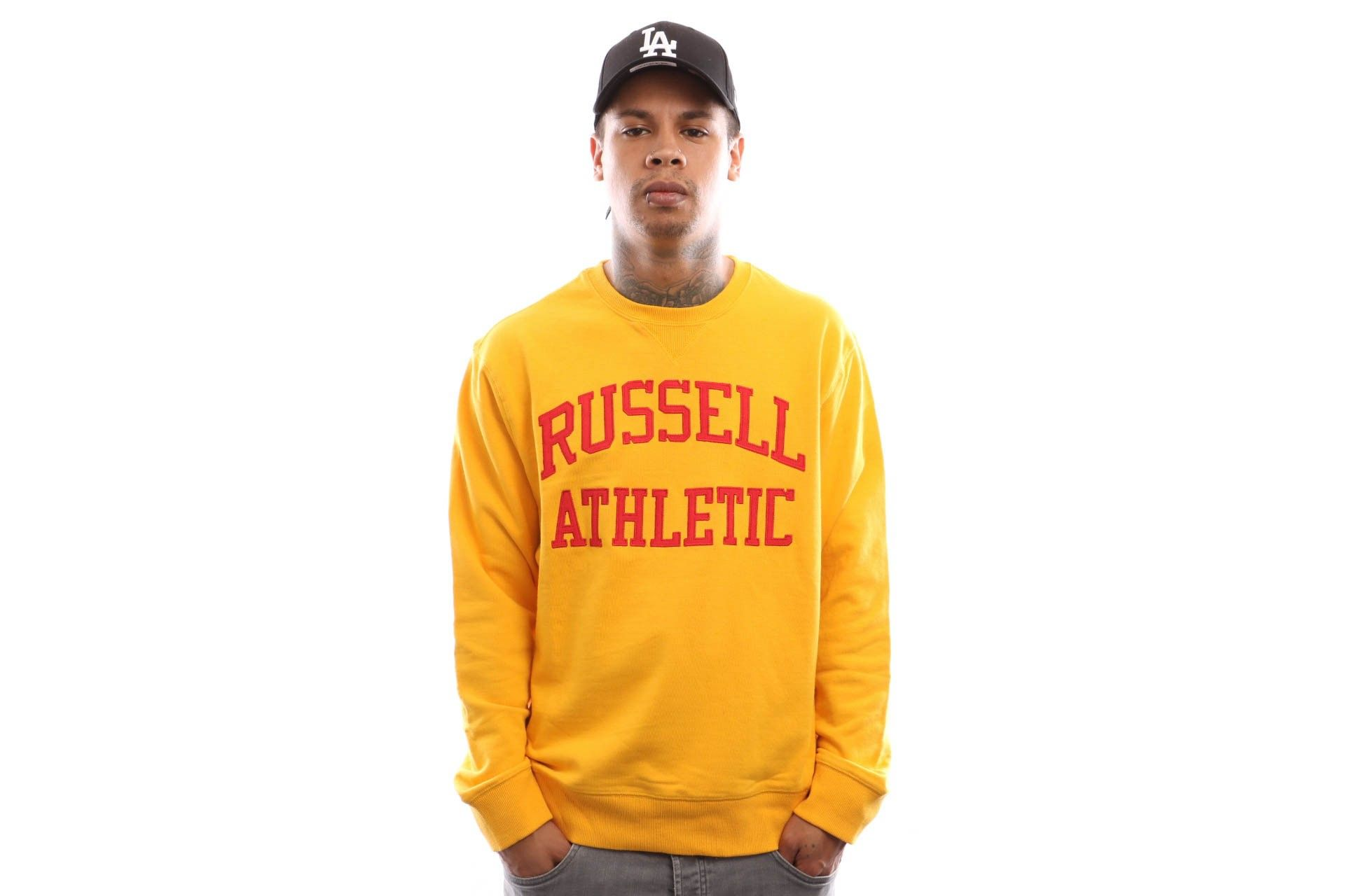 Afbeelding van Russell Athletic Iconic Tackle Twill A9-003-1 Crewneck Gold Fusin