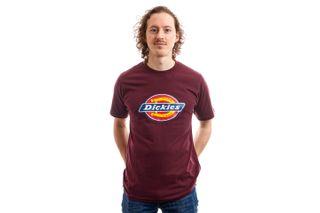 Foto van Dickies T-Shirt Horseshoe Tee Men Maroon DK60075XMR01