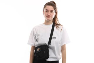Foto van Carhartt Wip Essentials Bag I006285 Schoudertas Black