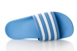 Foto van Adidas Adilette Ee6181 Sneakers Real Blue/Ftwr White/Real Blue