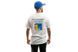 Foto van HUF T-shirt Aint No Sunshine S/S Tee White TS00994-WHITE