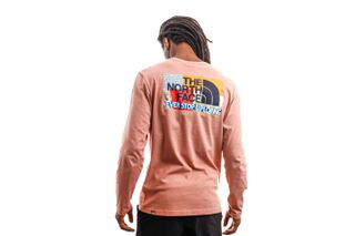 Foto van The North Face Long Sleeve Men's L/S Graphic Tee Pink Clay NF0A4M95R131