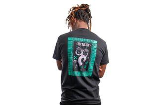 Foto van Quiet Life T-shirt QUIET LIFE POST Black QL-19FAD1-1150