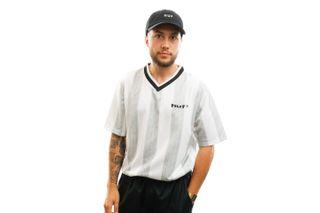 Foto van HUF T-shirt Diego Soccer Jersey White KN00185-WHITE