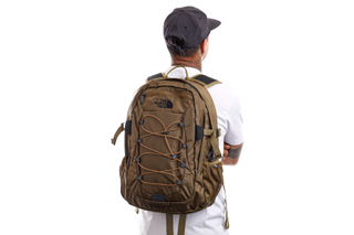 Foto van The North Face Rugzak Borealis Classic Military Olive/Utility Brown NF00CF9CZ06