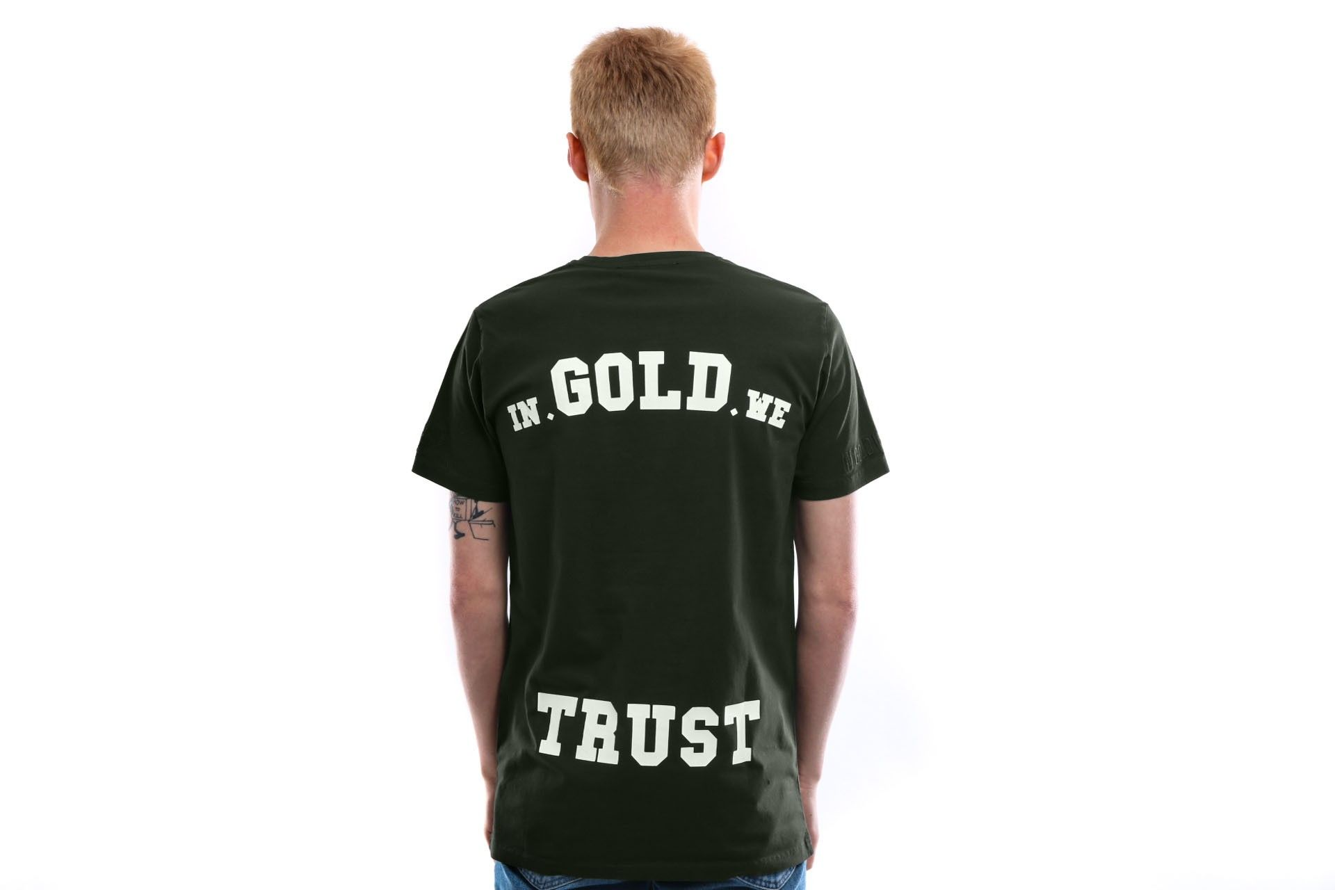 Afbeelding van In Gold We Trust T Shirt Basic Tee Kombu green IGWT-001