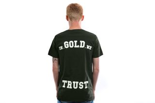 Foto van In Gold We Trust T Shirt Basic Tee Kombu green IGWT-001
