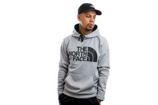 Foto van The North Face Hooded Men's Surgent Hoodie Tnflightgreyhtr NF0A2XL8DYX1