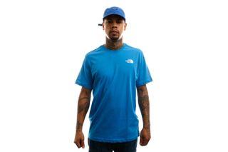 Foto van The North Face T-shirt Men's S/S Redbox Tee Clear Lake Blue NF0A2TX2W8G
