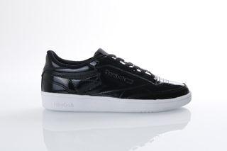 Foto van Reebok Ladies Bs9777 Sneakers Club C85 Patent Zwart