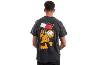 Foto van Tommy Jeans T-shirt TJU X GARFIELD Blackout DM0DM12193